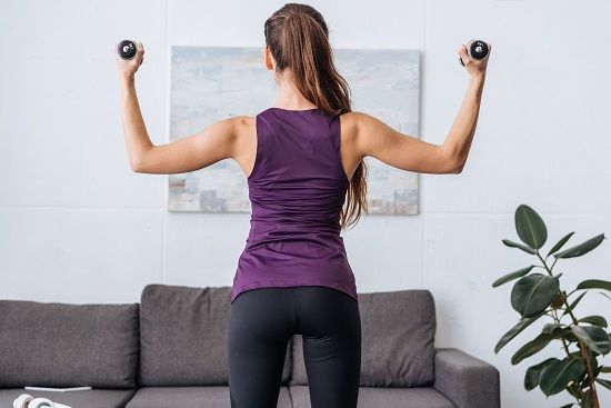 Doing the Superman back strengthening exercise can protect your back from pain