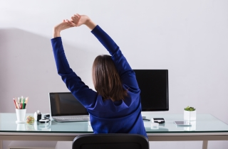 FlexiSpot Standing Desks That You Can Use for Office Exercises