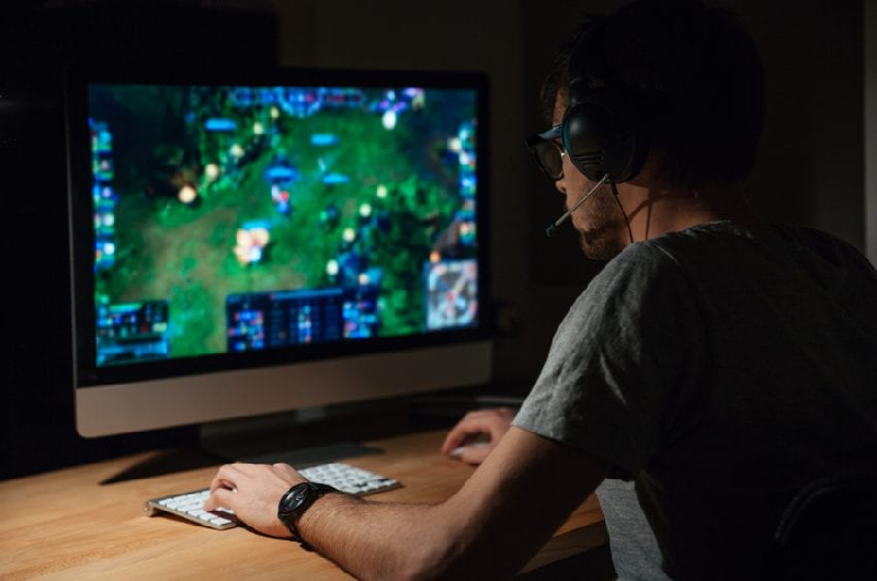 The Gamer and the Back Pain