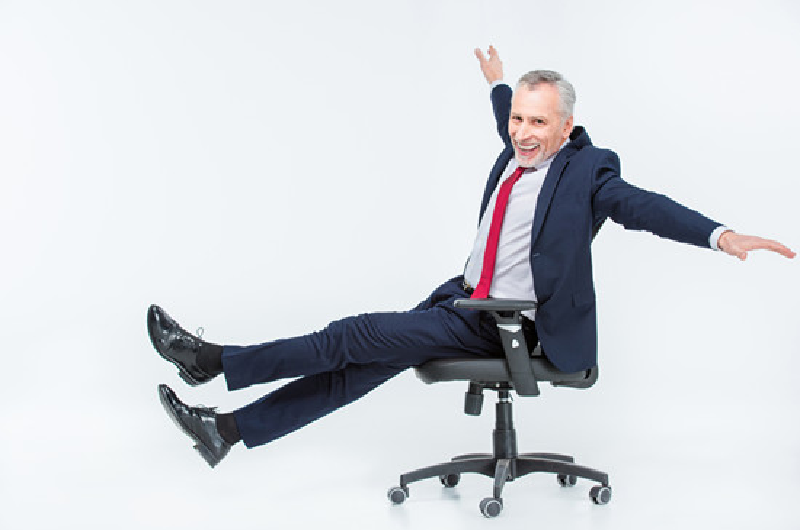 An adjustable  ergonomic chair that boosts good  posture at work