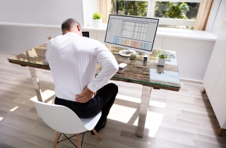 Eliminate the pangs of lower back pain naturally and stay productive all day wit
