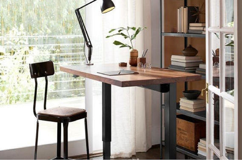 The Willow Solid Wood Standing Desk can be a way to communicate and establish ra