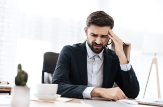 8 Tips On How To Manage Migraine At Work