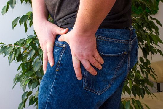 A man feels hip pain because of hip syndrome