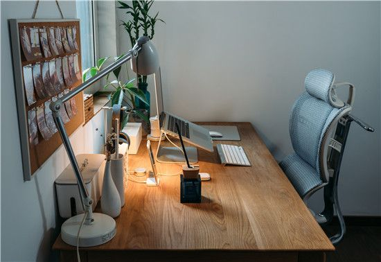 What You Need for an Ergonomic Home Office