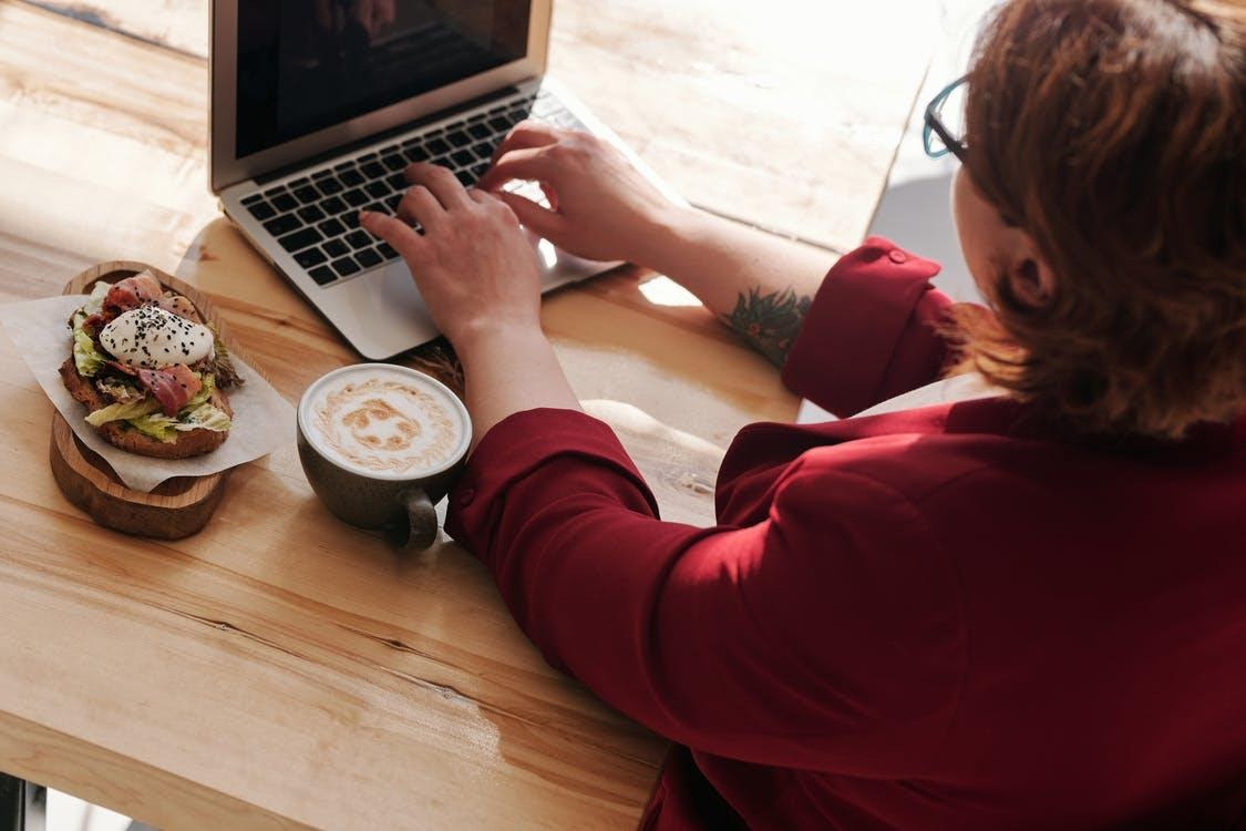 Healthy eating habits when working from home