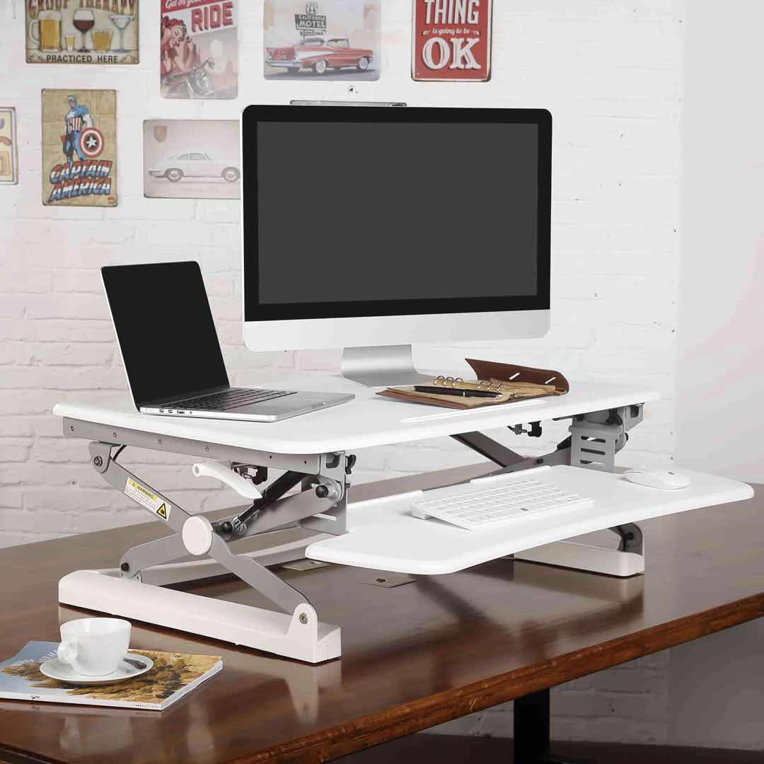 Picking the Right Computer Desk for Small Apartments