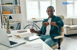 10 Reasons Why Standing Desks are Advantageous to Freelancers
