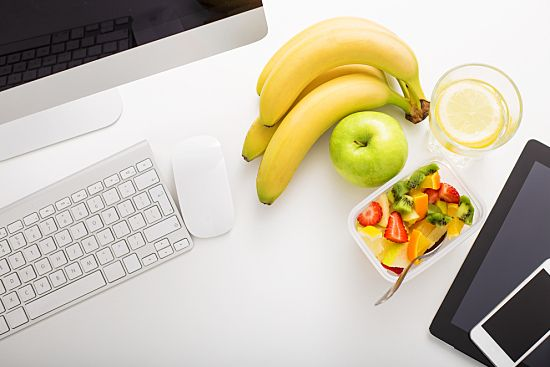How Free Snacks Can Contribute to Health in the Workplace