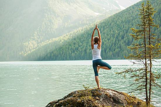 How to Improve Posture Through Yoga