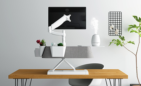 The EM6W comes with an included quick-click system monitor arm mounting grommet for compatibility with our quick-click monitor arms, making it easy to help you enjoy new heights and comfortable viewing angles.